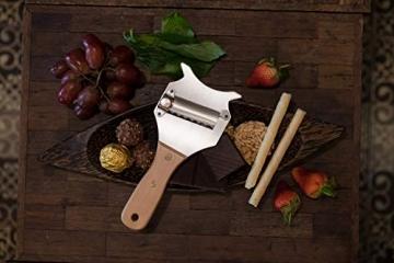 5☆ Trüffelhobel mit Premium Griff aus glänzendem Buchenholz. Inklusive Stofftasche, Rezept-E-Book und Bedienungsanleitung. Unser Schokoladenrasierer rasiert auch Käse und Gemüse. Verstellbare Klinge - 2