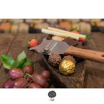 5☆ Trüffelhobel mit Premium Griff aus glänzendem Buchenholz. Inklusive Stofftasche, Rezept-E-Book und Bedienungsanleitung. Unser Schokoladenrasierer rasiert auch Käse und Gemüse. Verstellbare Klinge - 10
