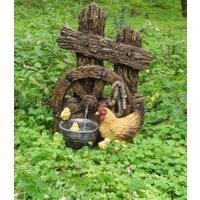 Brunnen 'Helios' in Holzoptik