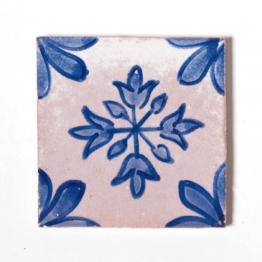 Fliese ´´fleur d´ognon´´, blau/weiß, L 10 cm, B 10 cm, H 1cm