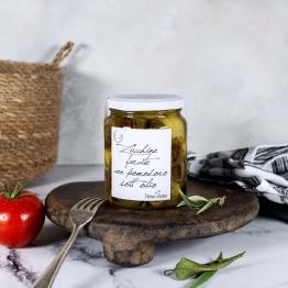 Gefüllte Zucchini mit Tomaten in Olivenöl BIO