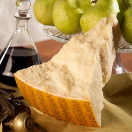 Parmesan im Geschenkkarton, 1 kg 72 Monate gereift