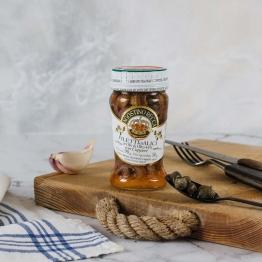 Sardellen in Olivenöl mit Kapern