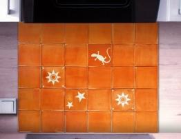 Stilecht für Ihre Küche: Handgemachte Fliesen original aus Mexiko! Fliesenset Classic Mediterranean Terracotta 30teilig Braun-Weiss ca. 65x54 cm frei kombinier- und erweiterbar. Fliesenspiegel, Küchenspiegel, Küchenfliesen, Küchenrückwand, Küchenfliessen. Auch verwendbar als Badfliesen, Duschfliesen, Indoor-Fliesen, Wandfliesen, Kacheln. Original handgeschnittene Azulejos, Kacheln - 1