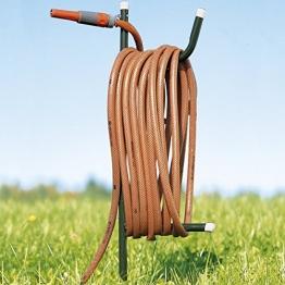TRI Schlauchhalter, Gartenschlauchhalter, Aufhängemöglichkeit, Geräteschuppen, Gartenschlauchständer, Erdspieß, Metall, 96 cm - 1