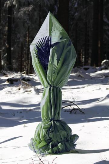 Vlieshaube (Kübelpflanzensack) Größe M